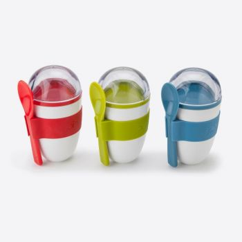 Joie Yoghurt On The Go snackbox with 2 compartiments and spoon green; blue or red 228m (12ass.)
