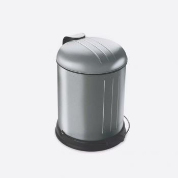 Rixx stainless steel pedal bin with soft closing cover fingerprint proof 5L